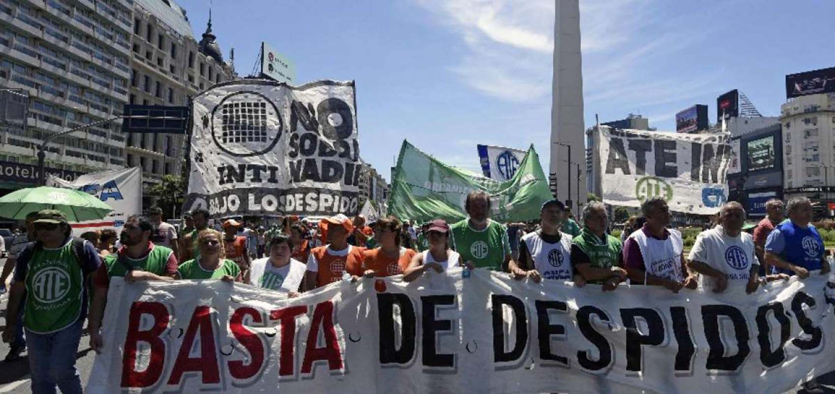 Sindicatos protestan en Argentina contra políticas de Macri
