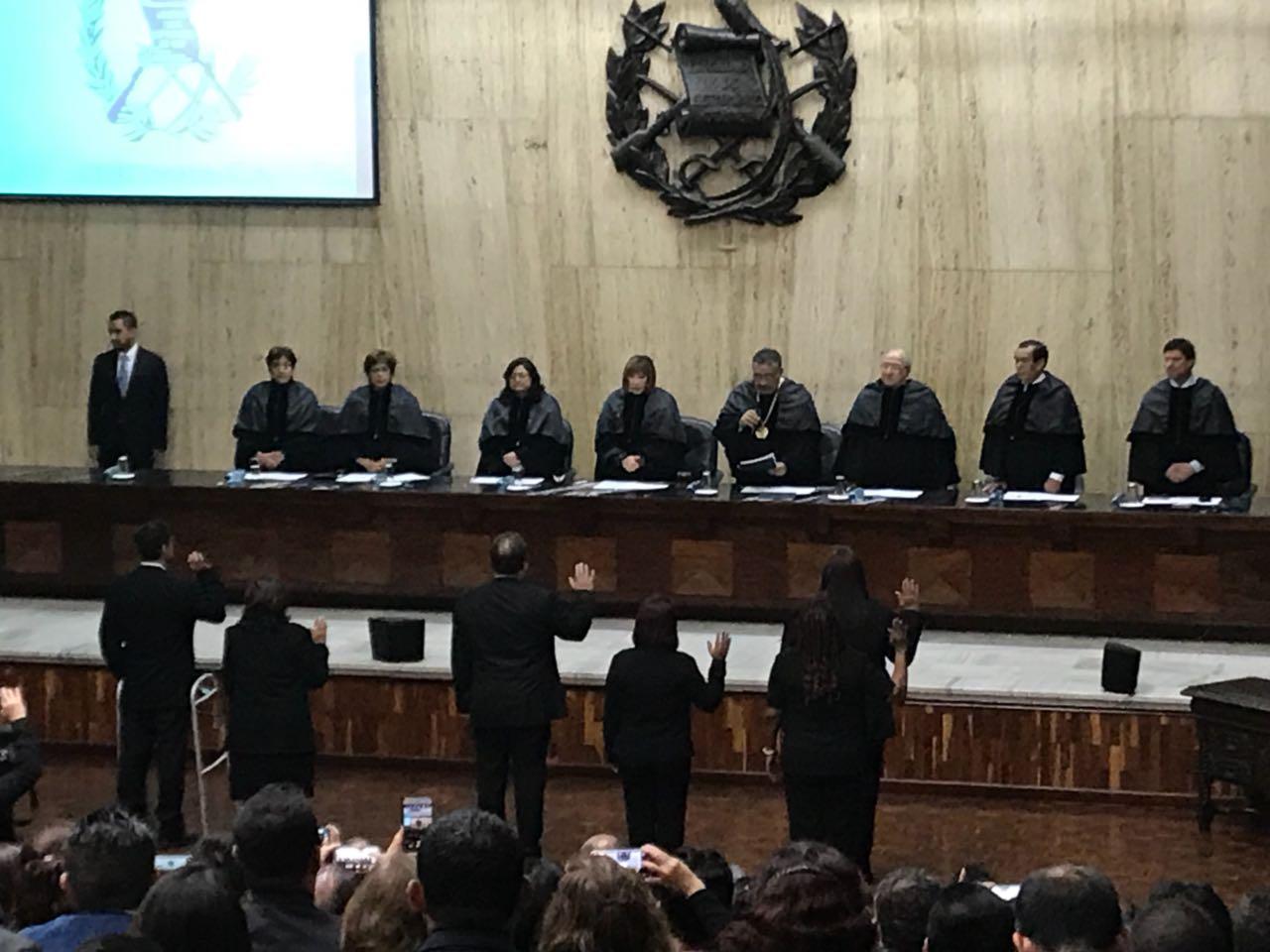 Consejo de la Carrera Judicial EU Emisoras Unidas Guatemala