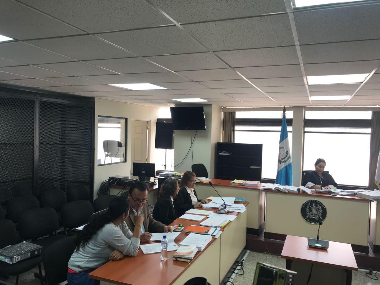 "Esposa y hermana de ""Guayo Cano"" EU Emisoras Unidas Guatemala"