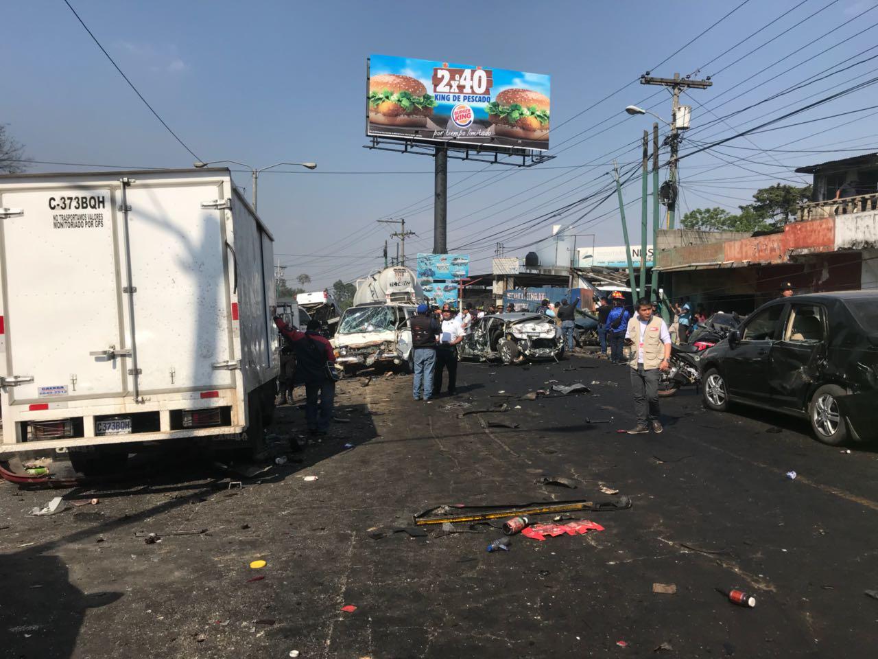 Accidente de tránsito en ruta Interamericana EU Emisoras Unidas, Guatemala