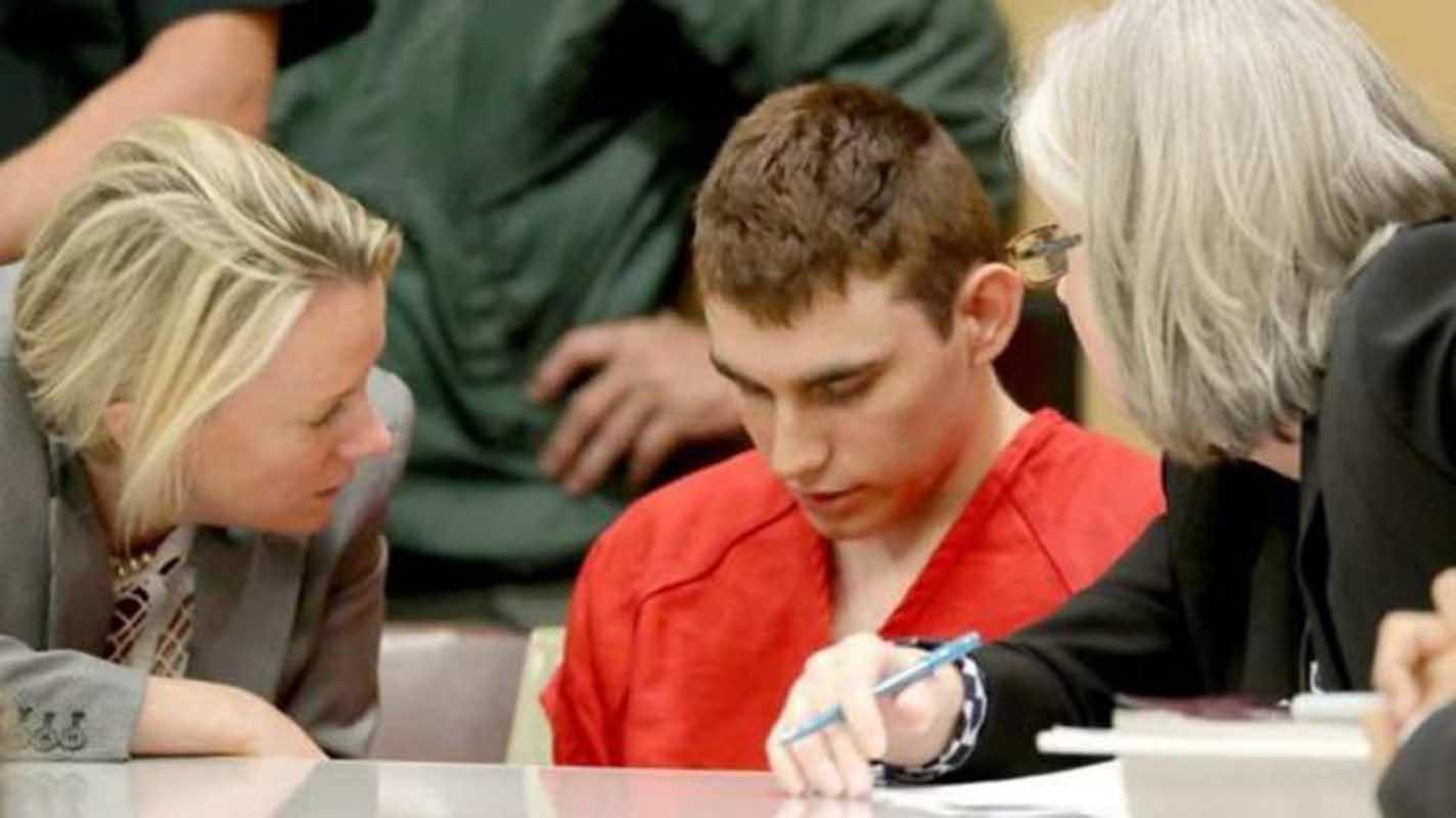 Presentan cargos formales contra el autor confeso de la masacre de Florida