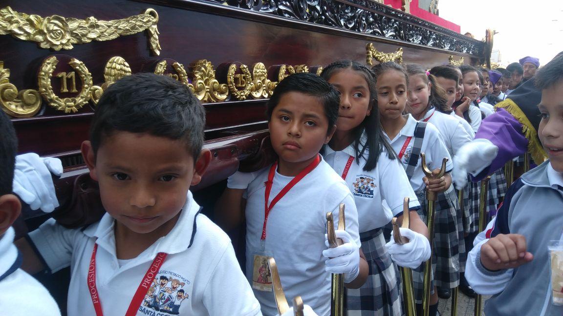 Procesión infantil de San José. Foto René Fuentes Guatemala EU Emisoras Unidas