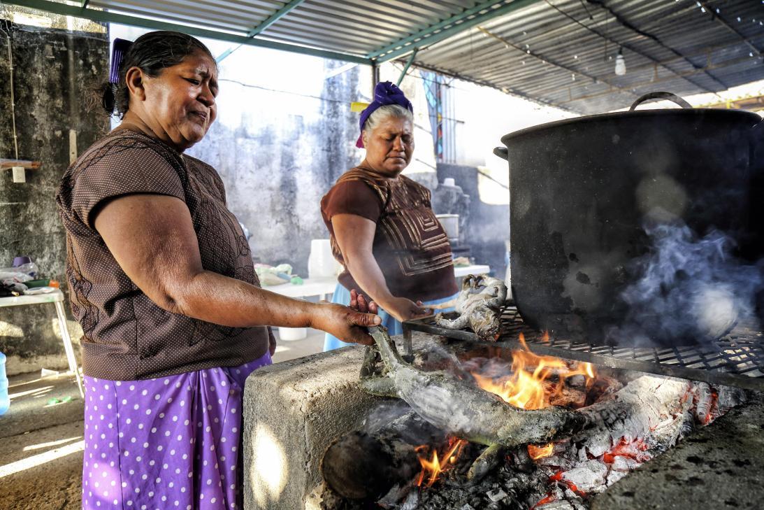 Tamales de iguana EU emisoras Unidas Guatemala