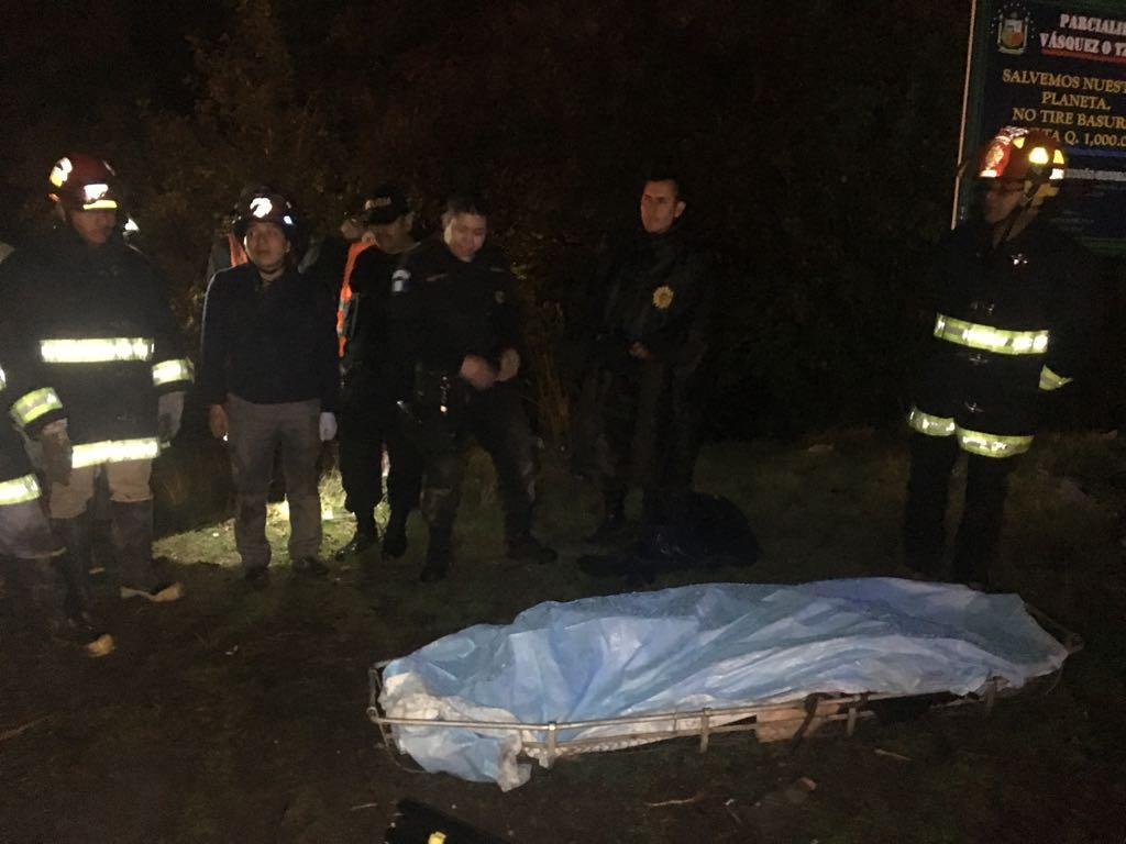 Mujer muerta en ruta Interamericana