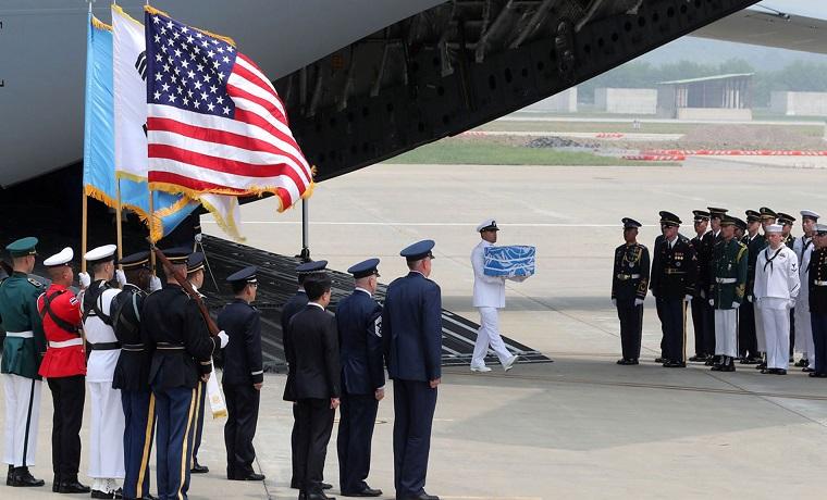 Repatriación de restos de soldados