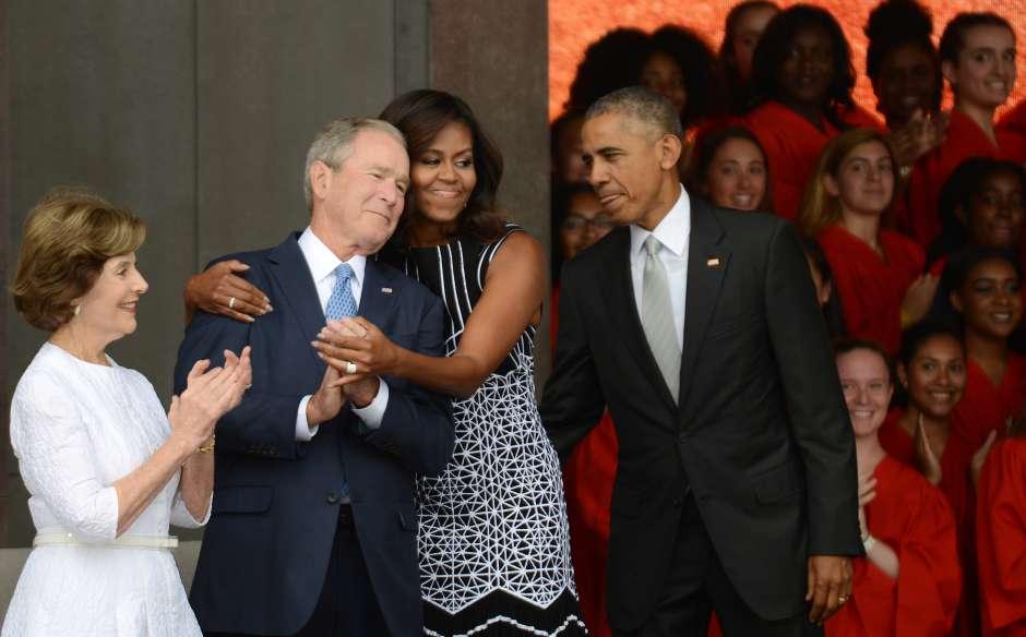 Video Viral George W. Bush Laura Bush MIchelle Obama Barack Obama John McCain Emisoras Unidas