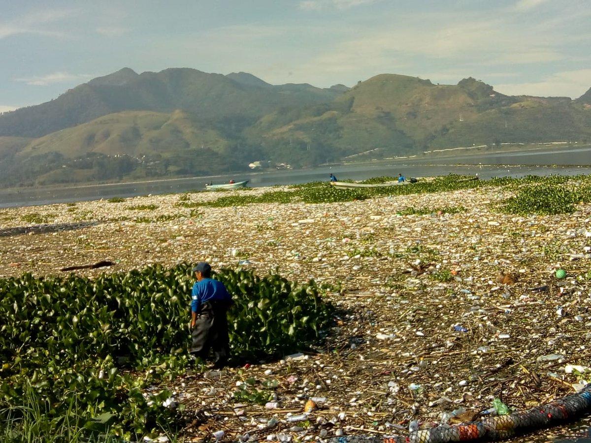 Lago de Amatitlán contaminación