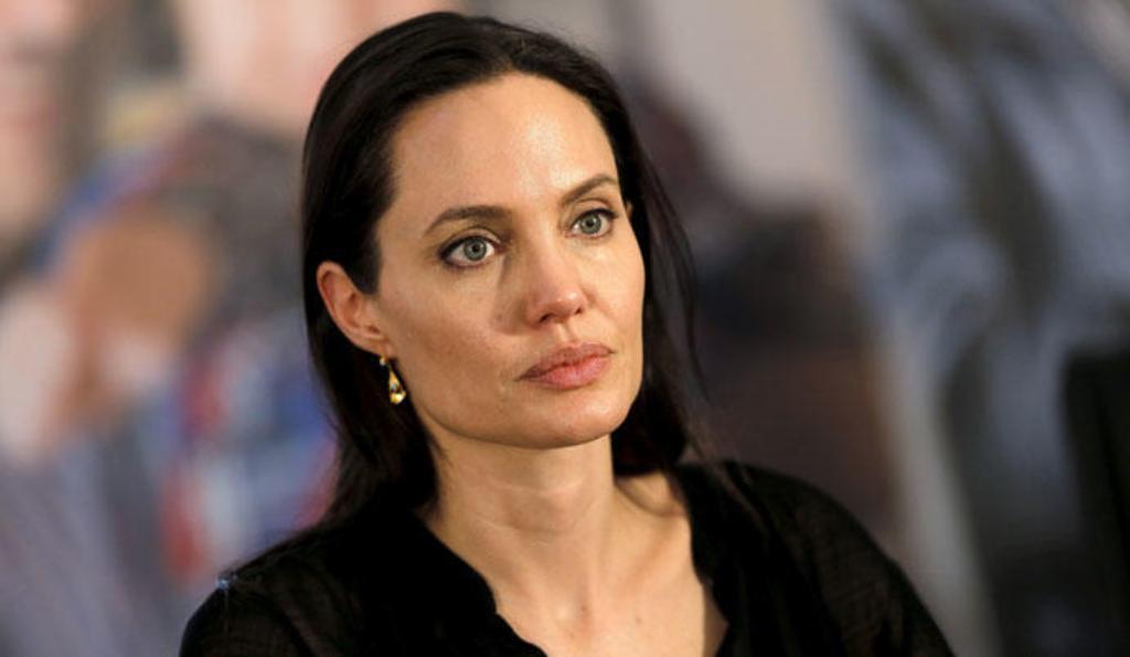 Angelina Jolie radical cambio de look Brad Pitt Come Away