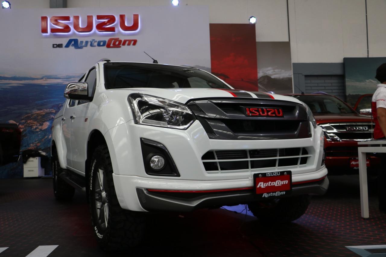 ventajas adquirir automóvil nuevo autoshow 12 noviembre 2018 Guatemala