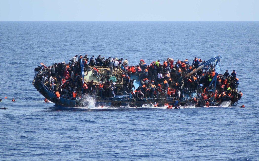 Más de 2.000 migrantes murieron en el Mediterráneo