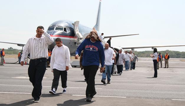 Deportaciones continuarán pese a coronavirus