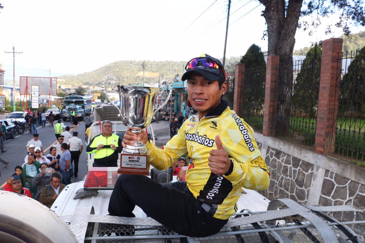 Alfredo Ajpacajá Vuelta Ciclística a Guatemala Totonicapán