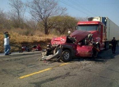 Once campesinos heridos deja vuelco de camión en norte de Nicaragua
