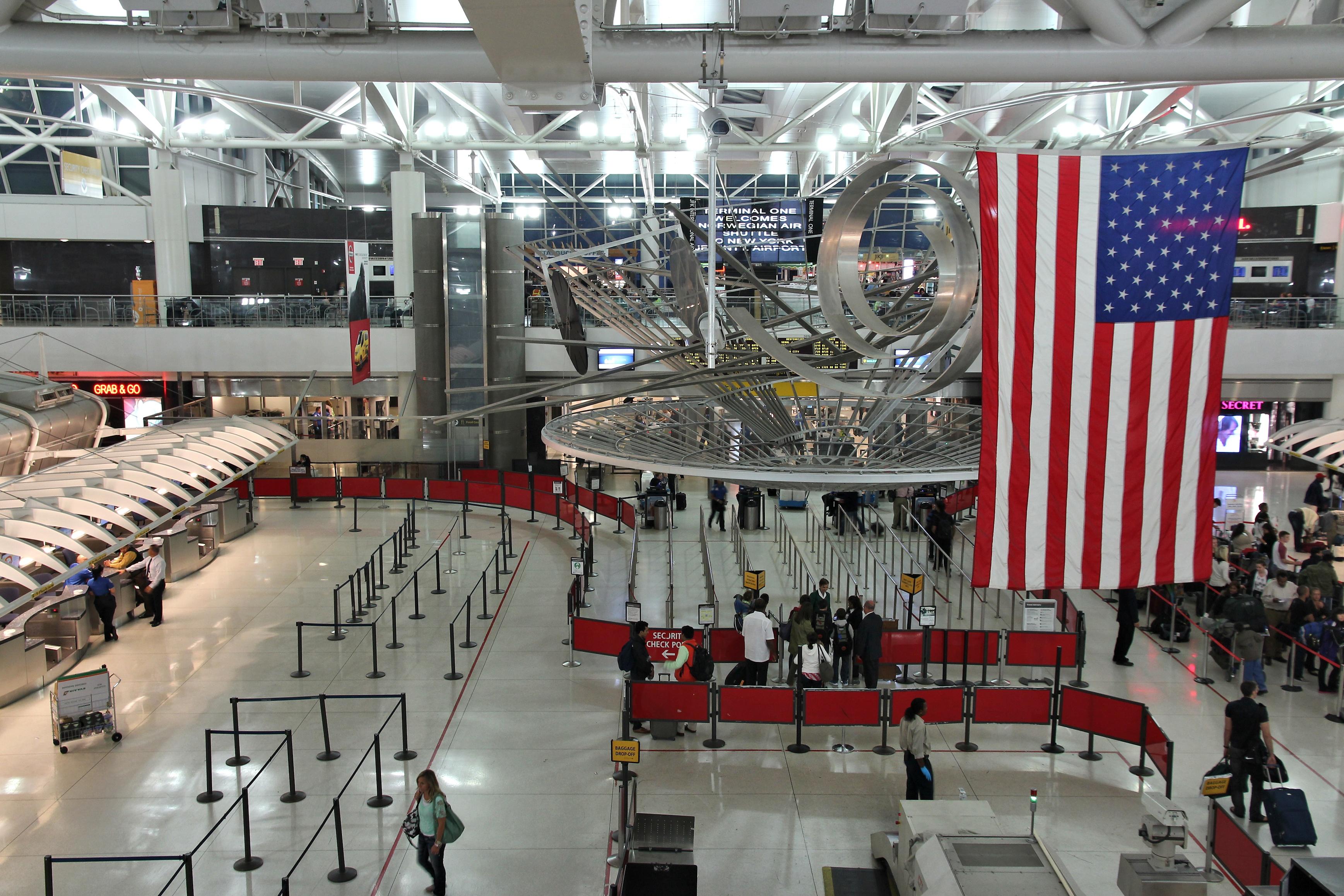 Retrasos en aeropuerto de Nueva York