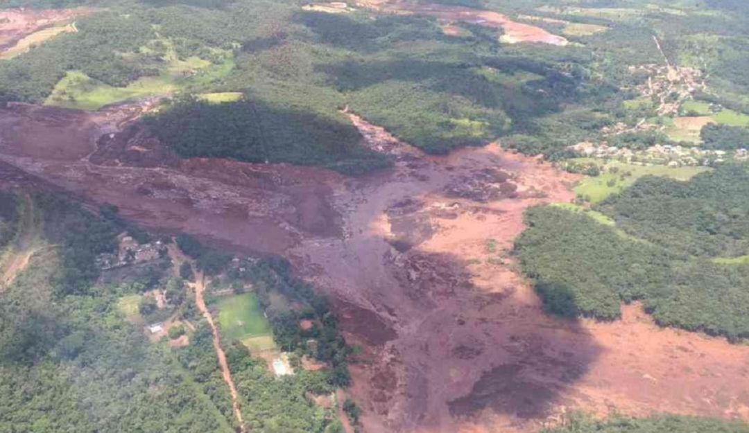 Ruptura de un dique minero en Brasil