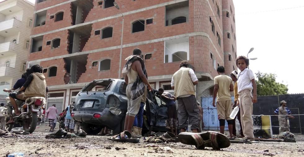 Siete civiles muertos en un atentado