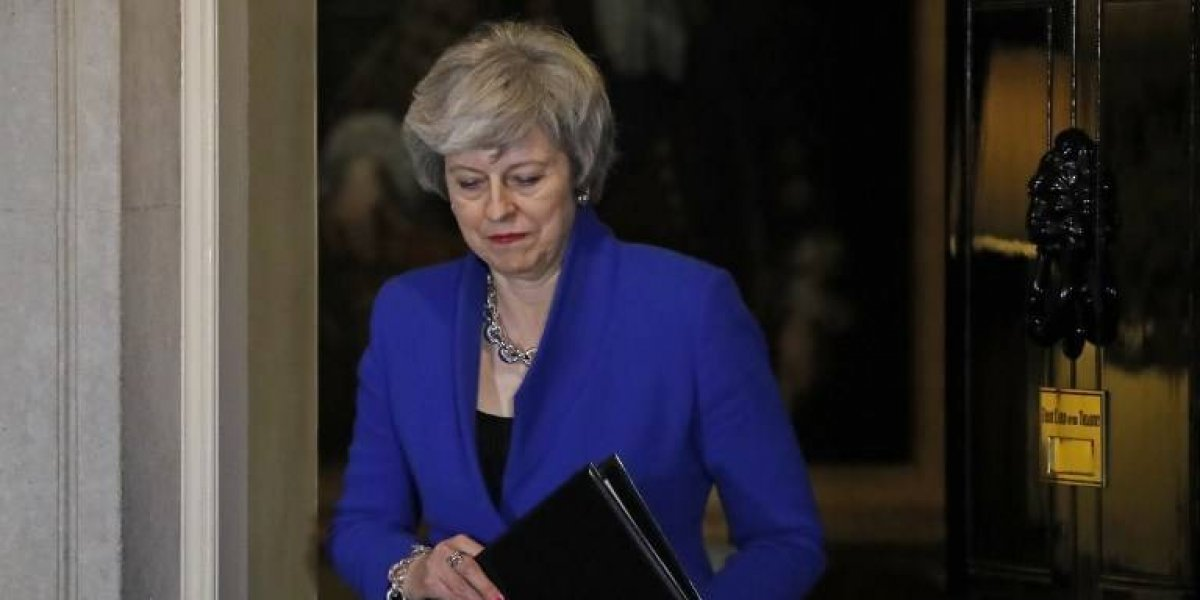 Theresa May busca consenso