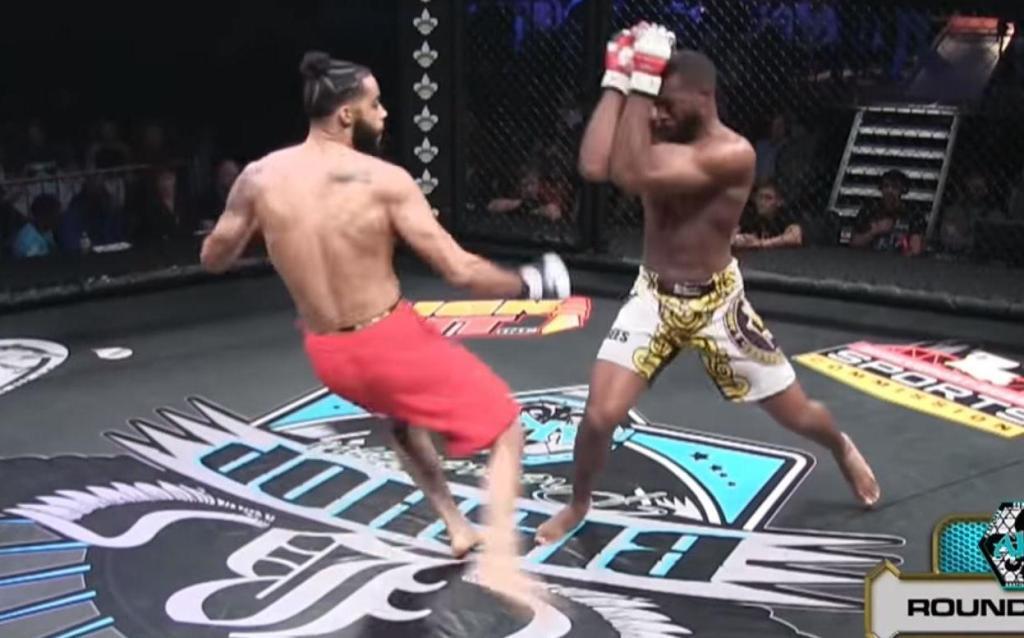 MMA escalofriante fractura luchador Jonathan King