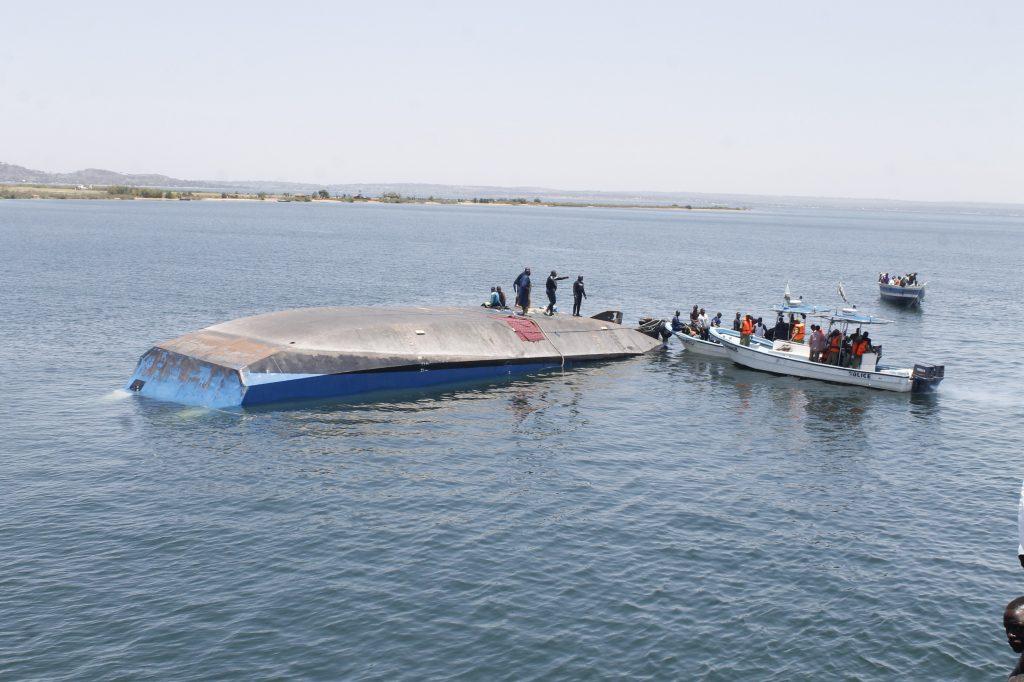 Ascienden a 58 los migrantes muertos en el naufragio