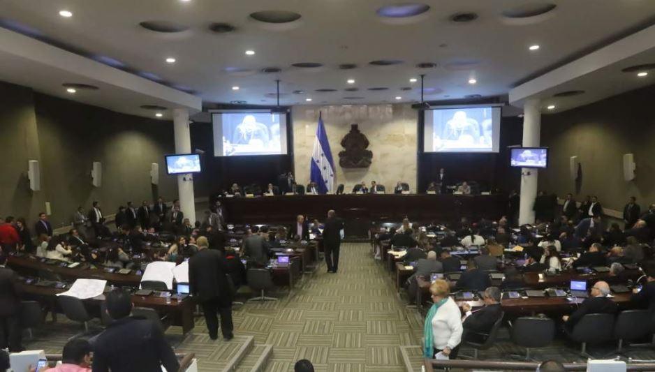 Denuncian que Parlamento de Honduras impulsa reforma que favorece corrupción