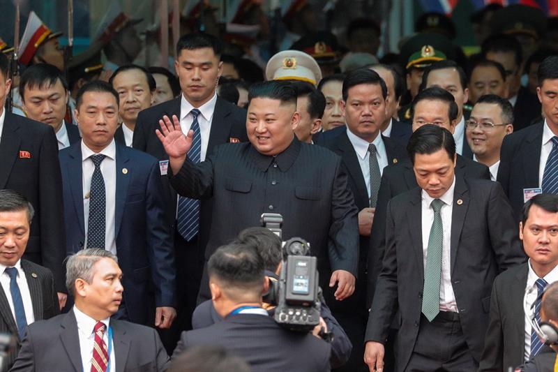 Kim Jong Un llega a Hanói