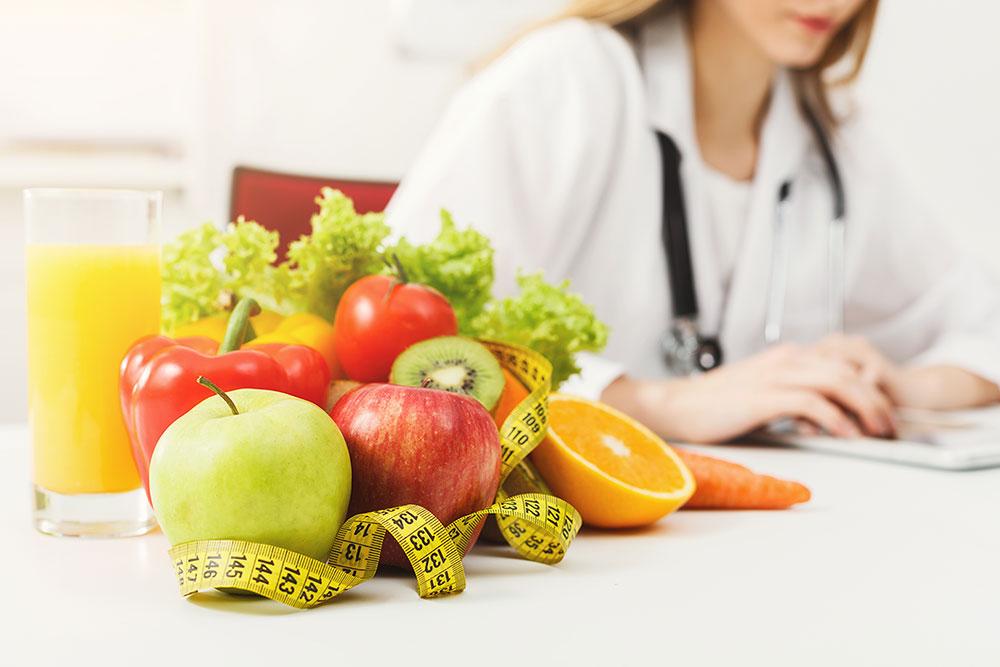 Los beneficios de la dieta baja en calorías. Fotografía con fines ilustrativos