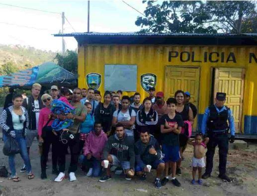 Detienen en Honduras a 31 inmigrantes de Cuba y 8 del Congo que iban a EEUU