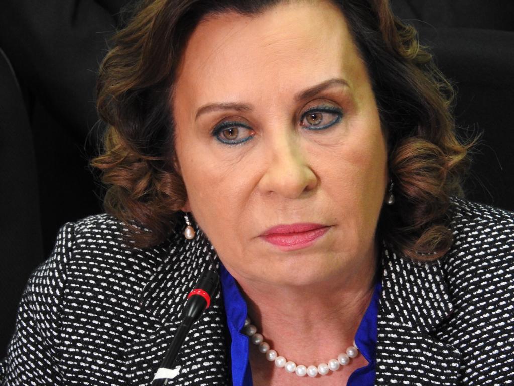 UNE Sandra Torres