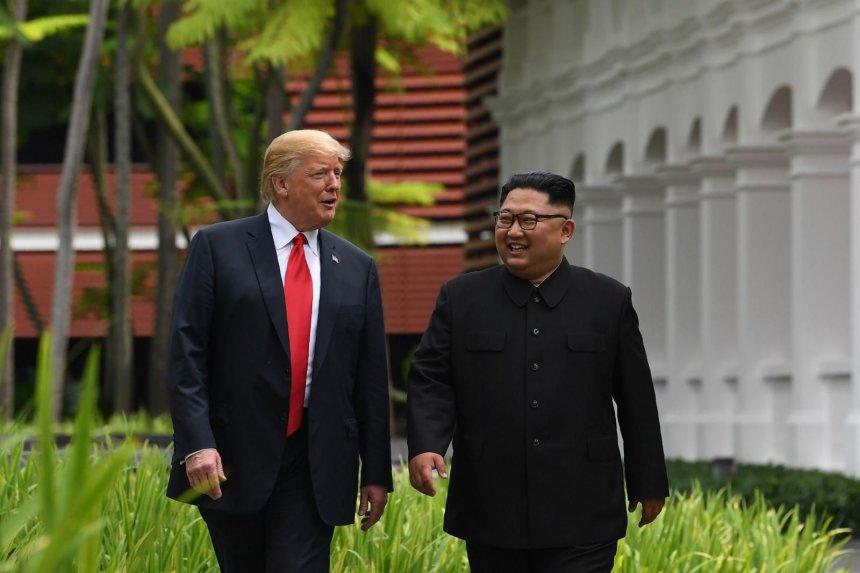 Trump y Kim se reúnen en Vietnam