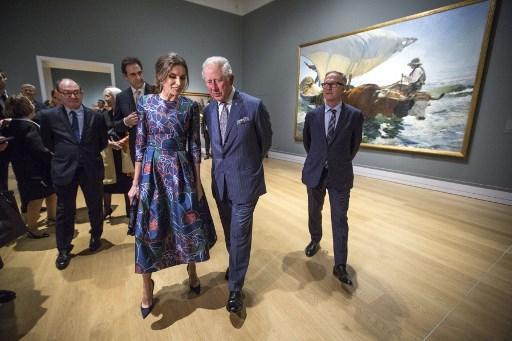 Príncipe Carlos y la Reina Letizia. Foto: AFP