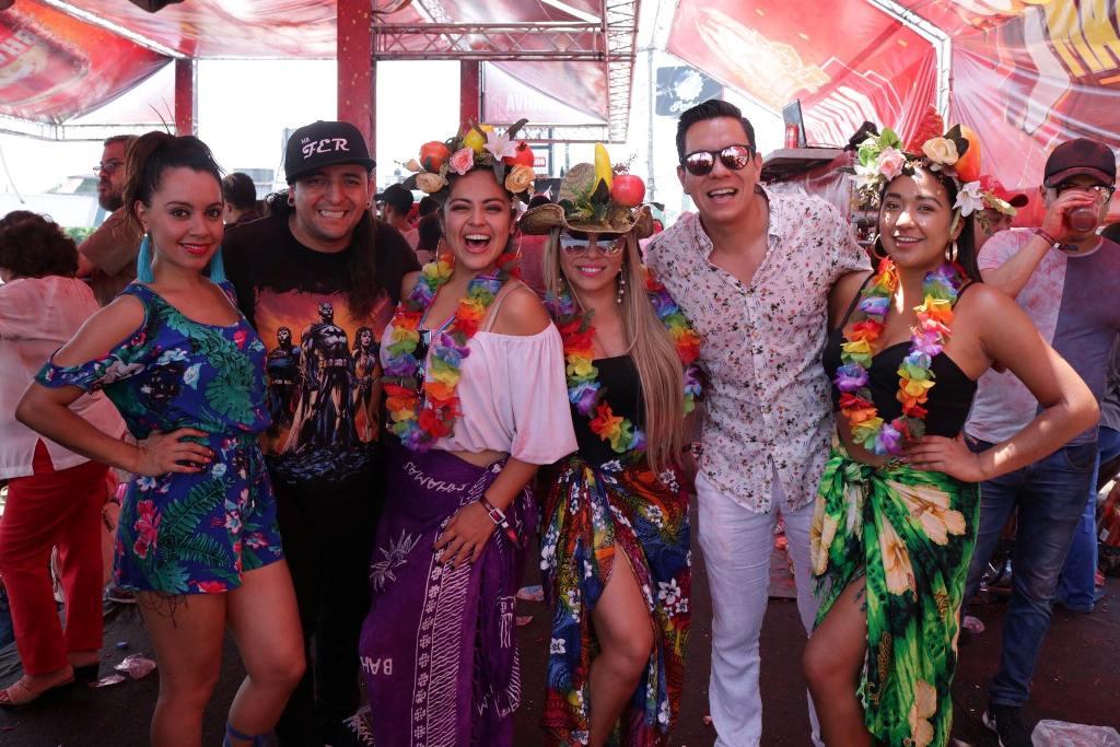 Carnaval de Mazatenango Feria Guatemala Alexis y Fido