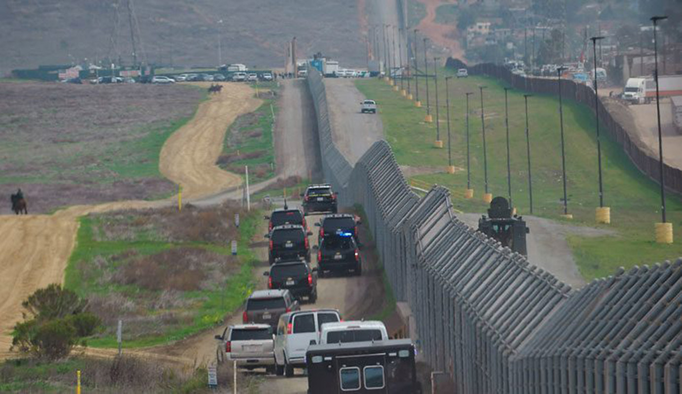 Veinte estados de EEUU intentan bloquear en la justicia el muro con México. Foto con fines ilustrativos