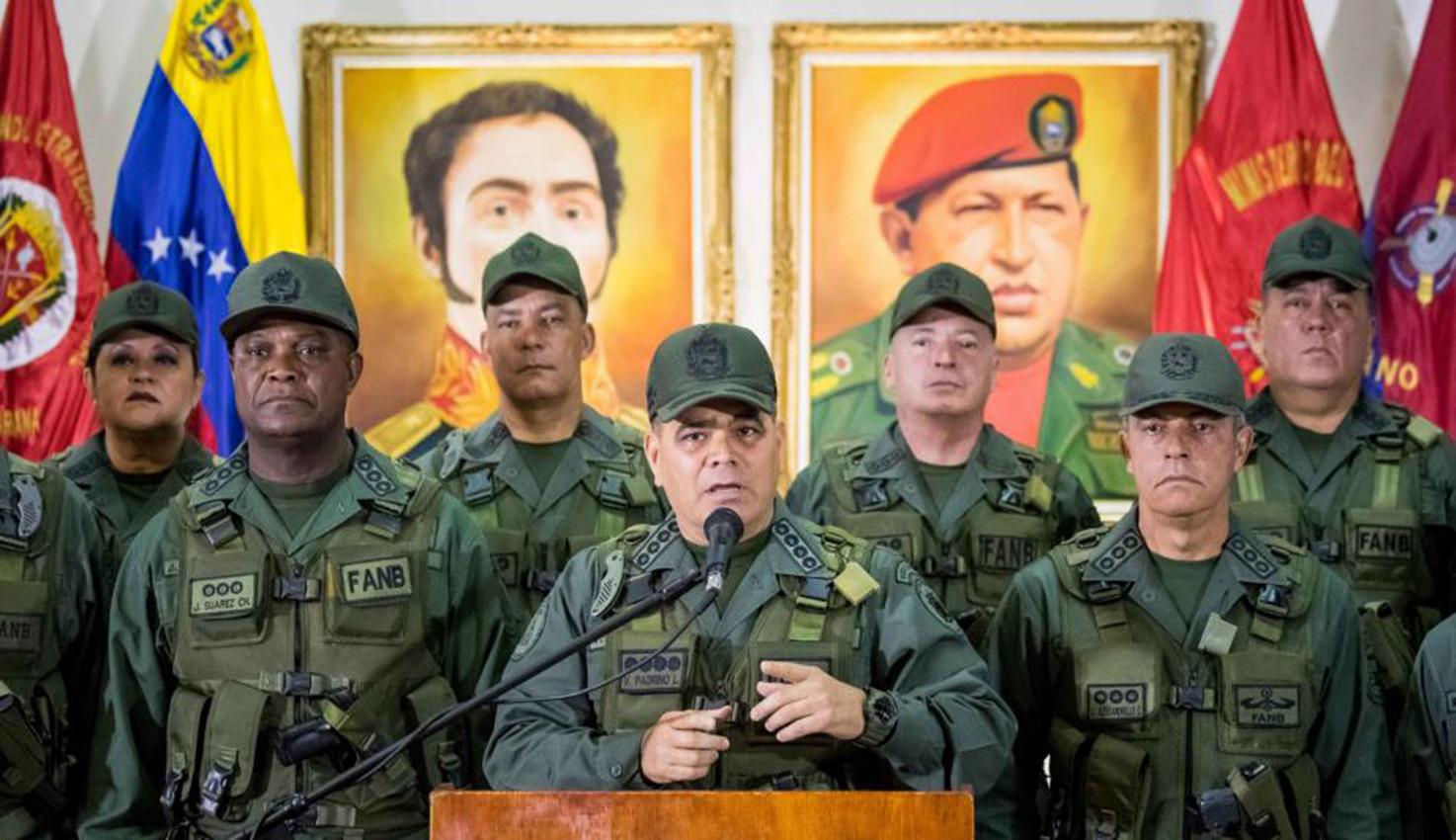 """Fuerza Armada venezolana rechaza """"chantaje"""""""