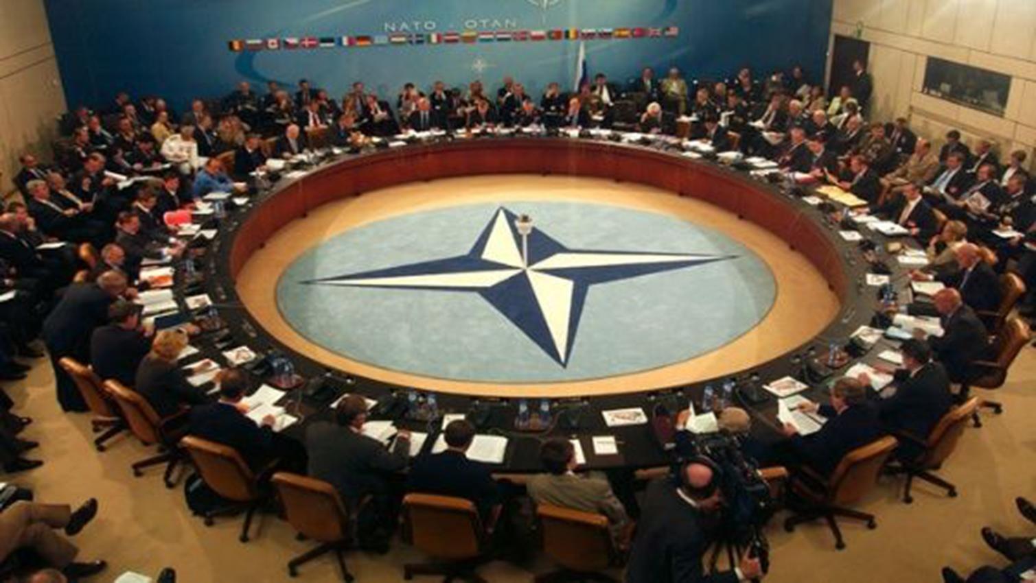 La OTAN advierte a Rusia