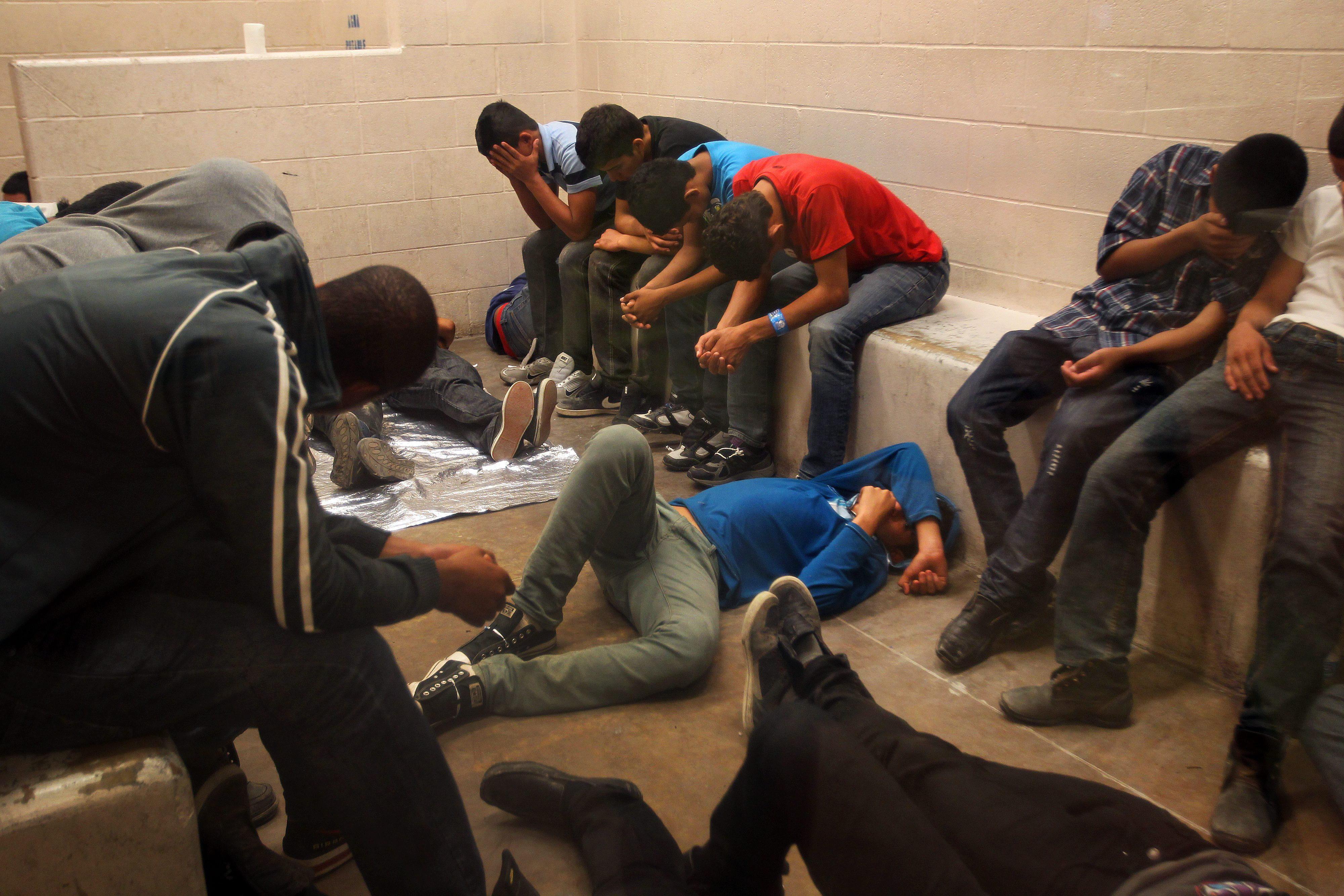 Niños migrantes separados en McAllen