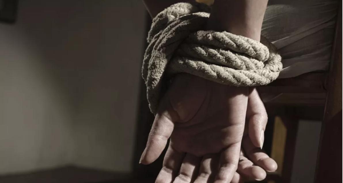 Mujer escapa de secuestrador