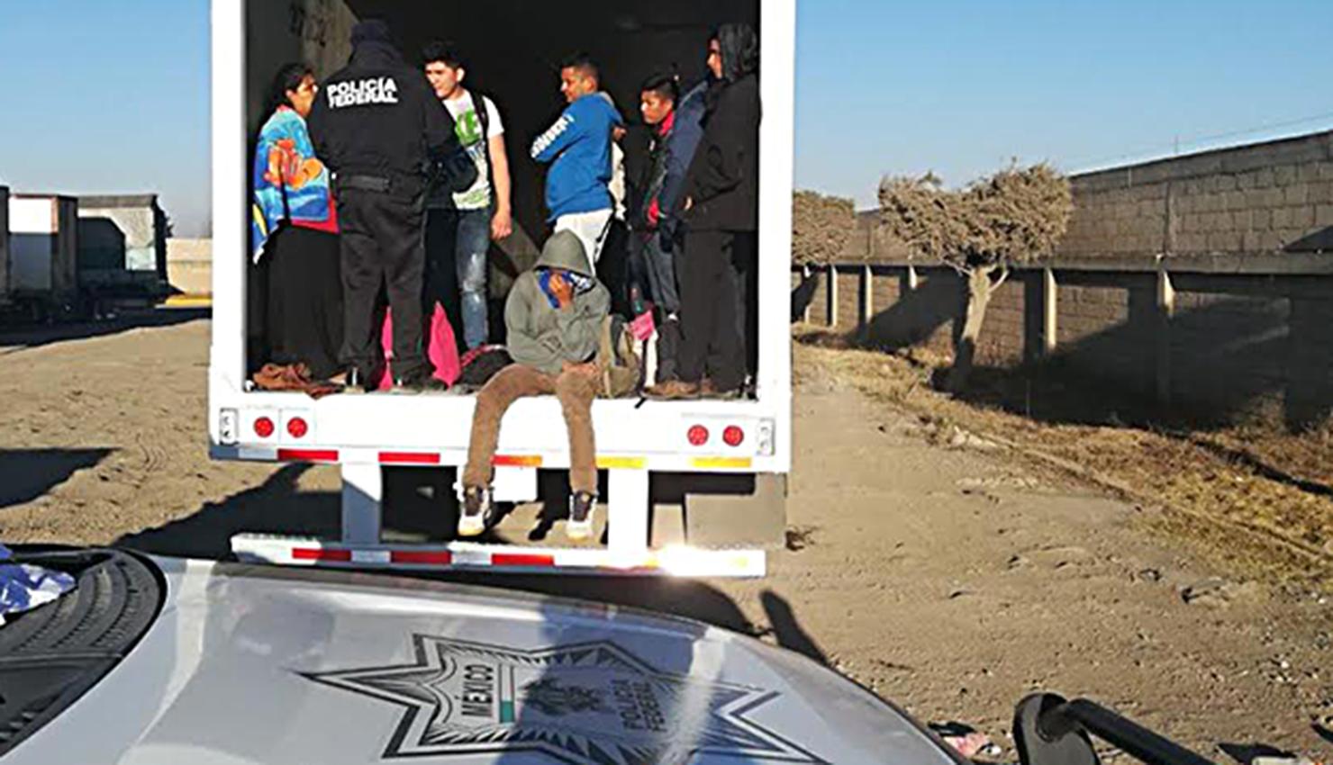 Policía detiene camión con 228 migrantes en sur de México Foto con fines ilustrativos