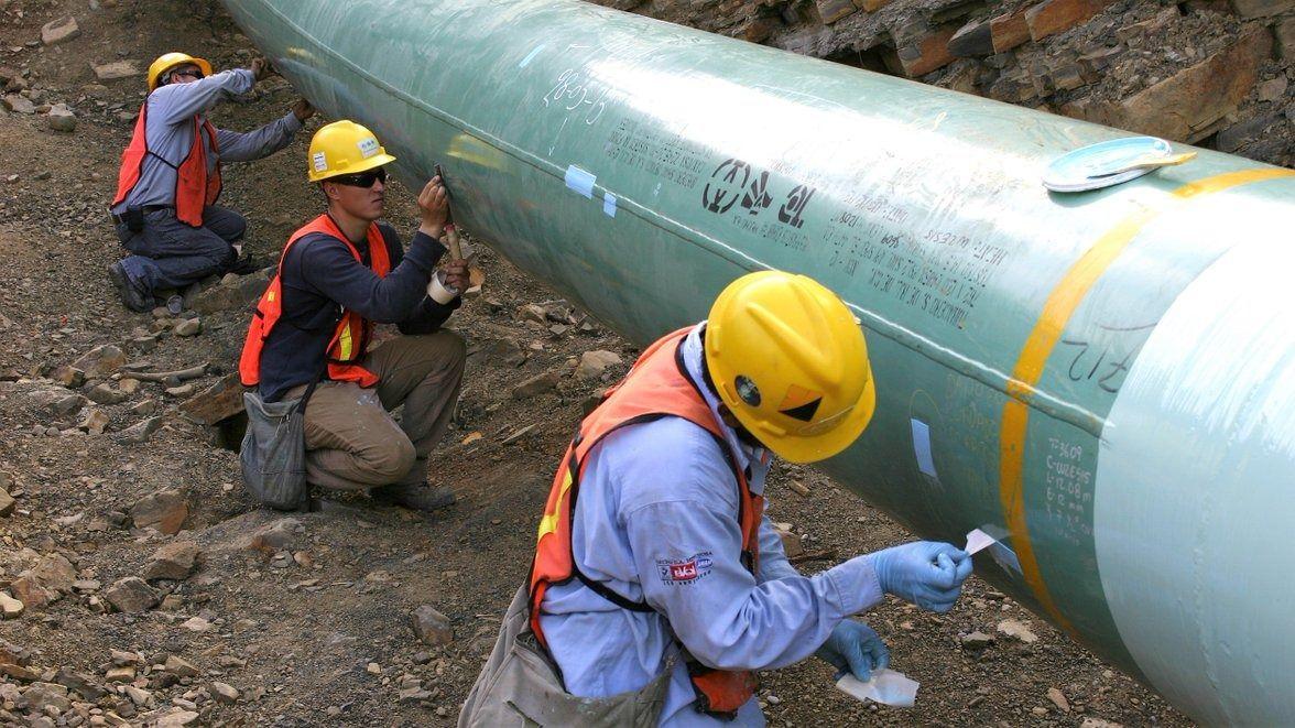México resuelve conflicto con empresas por transporte de gas