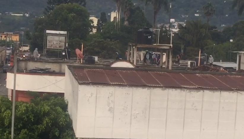 Motín en cárcel de Jalapa