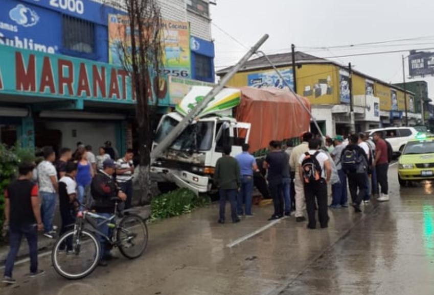 Accidente sobre la avenida Bolívar