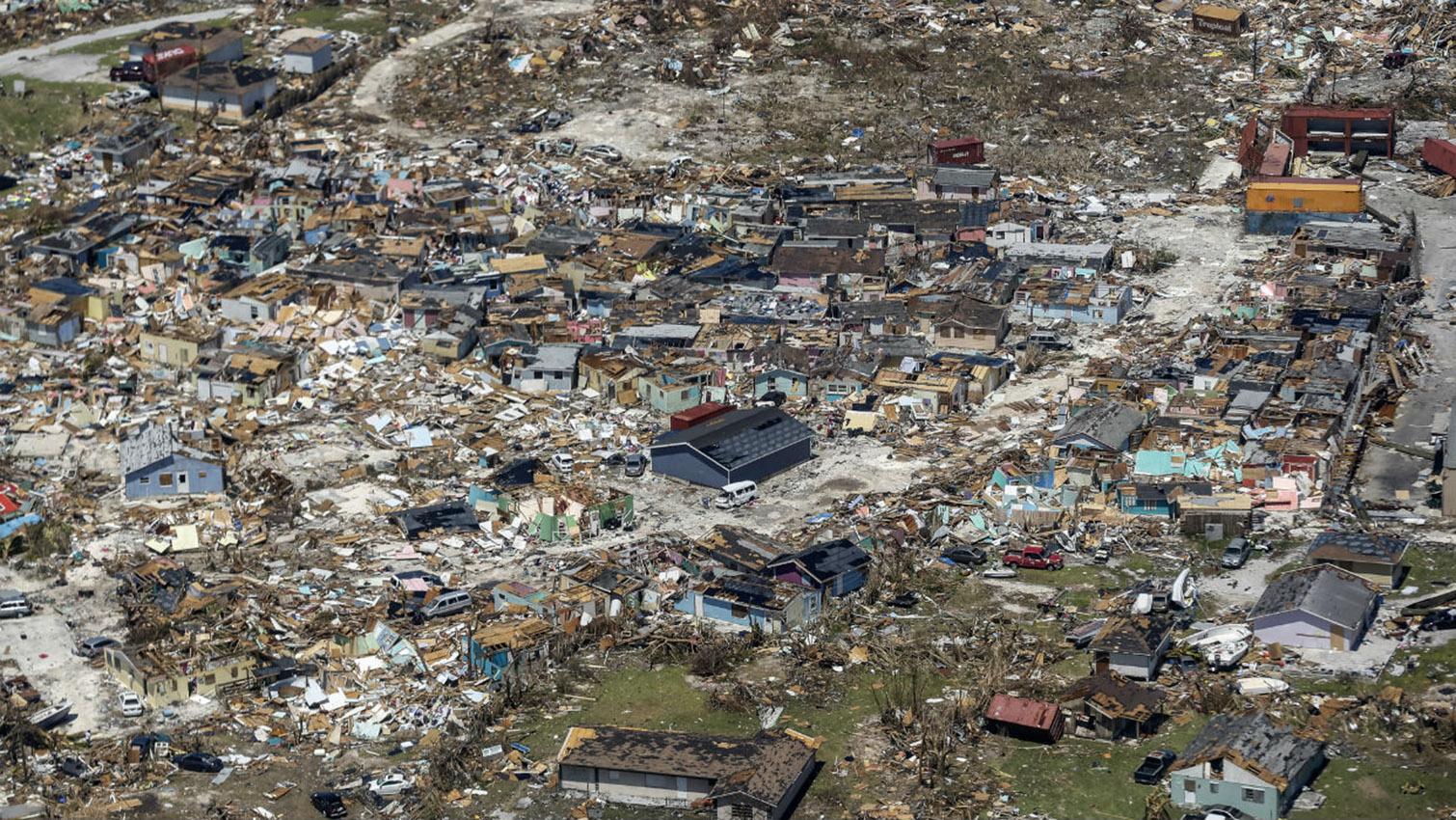 Dorian deja al menos 50 muertos en Bahamas, según último informe