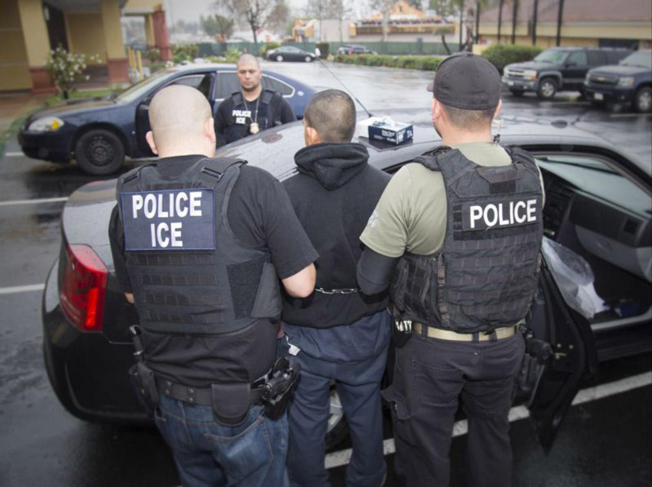 EEUU advierte nuevas redadas contra indocumentados y llevar ante la justicia a sus empleadores