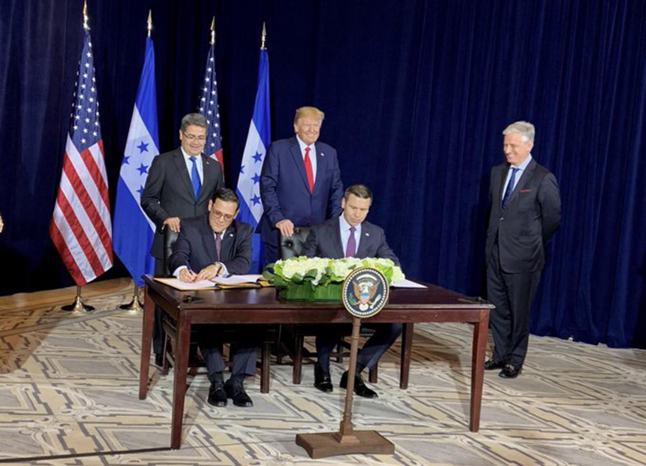 Estados Unidos y Honduras firmaron un convenio de asilo