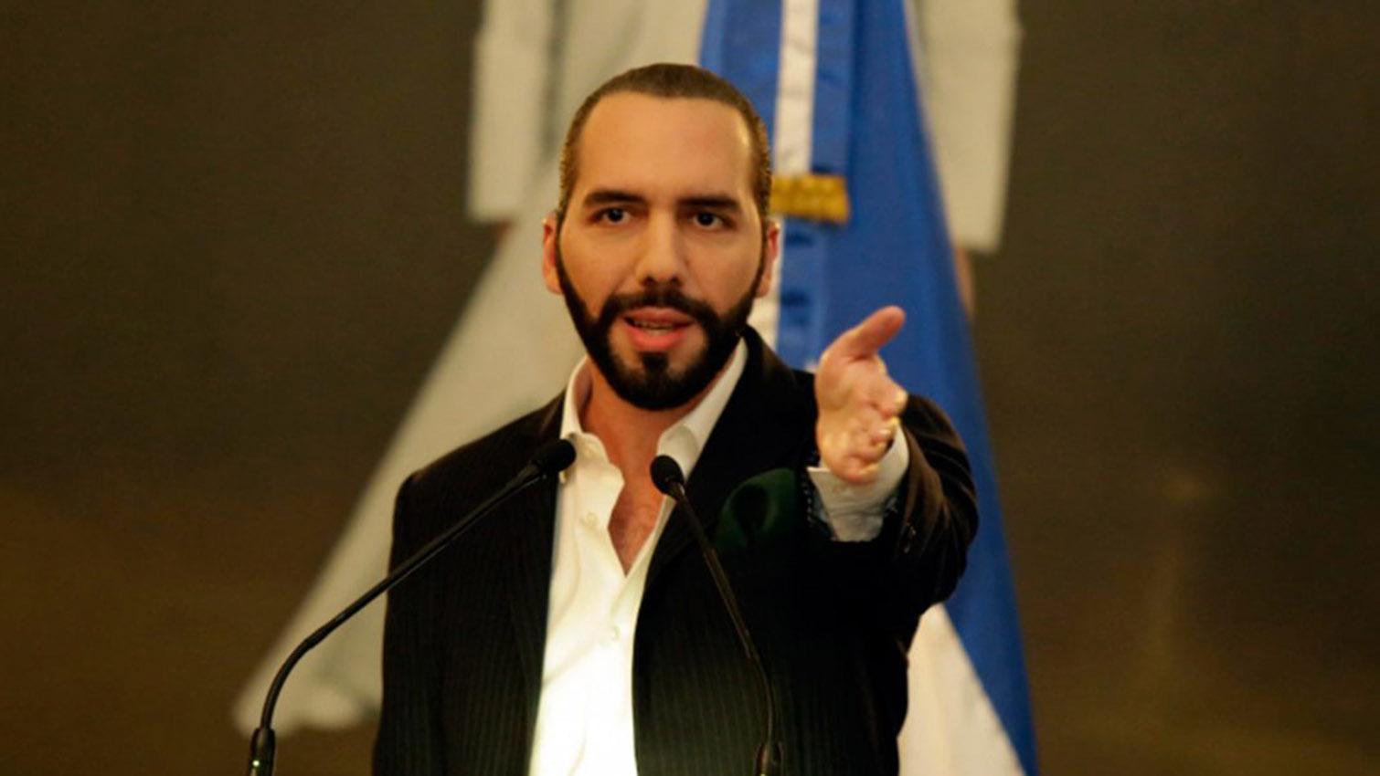 Nayib Bukele instala de comisión contra la corrupción en El Salvador