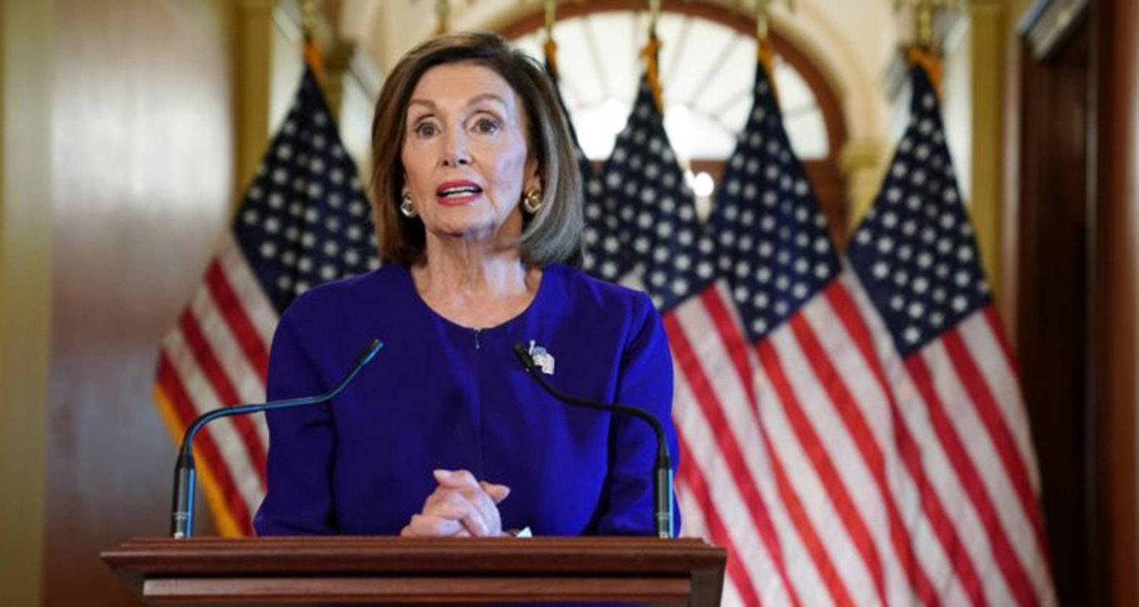 """Trump """"no nos dio otra opción"""" que lanzar juicio político, dice Nancy Pelosi"""