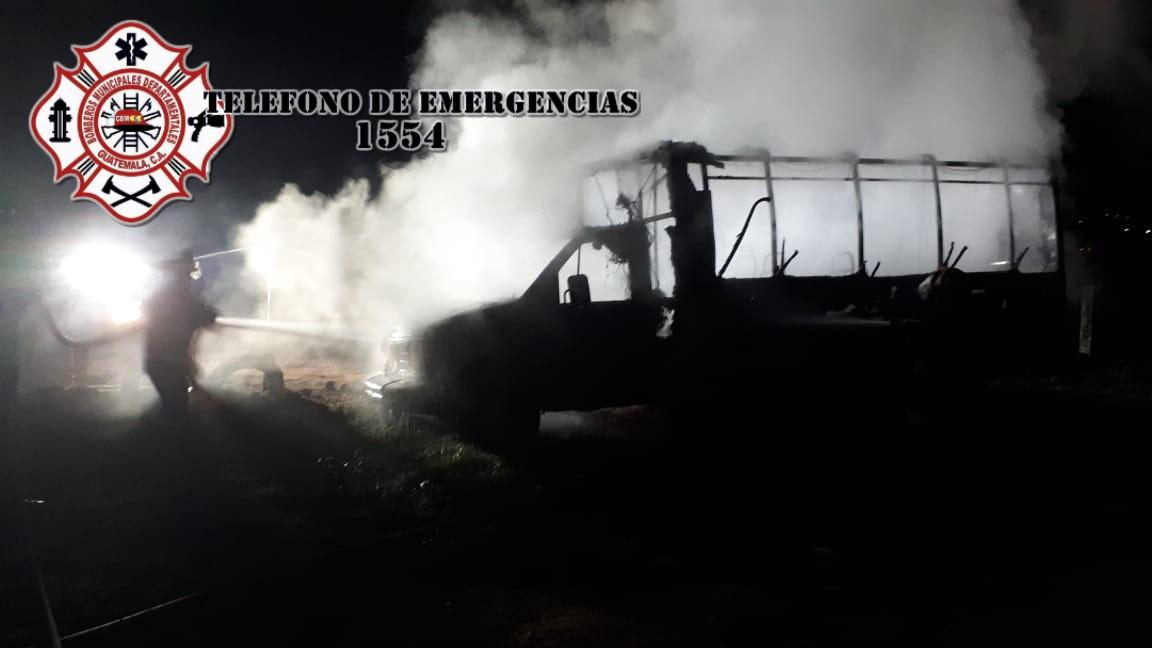 Bus se incendió en Quetzaltenango.