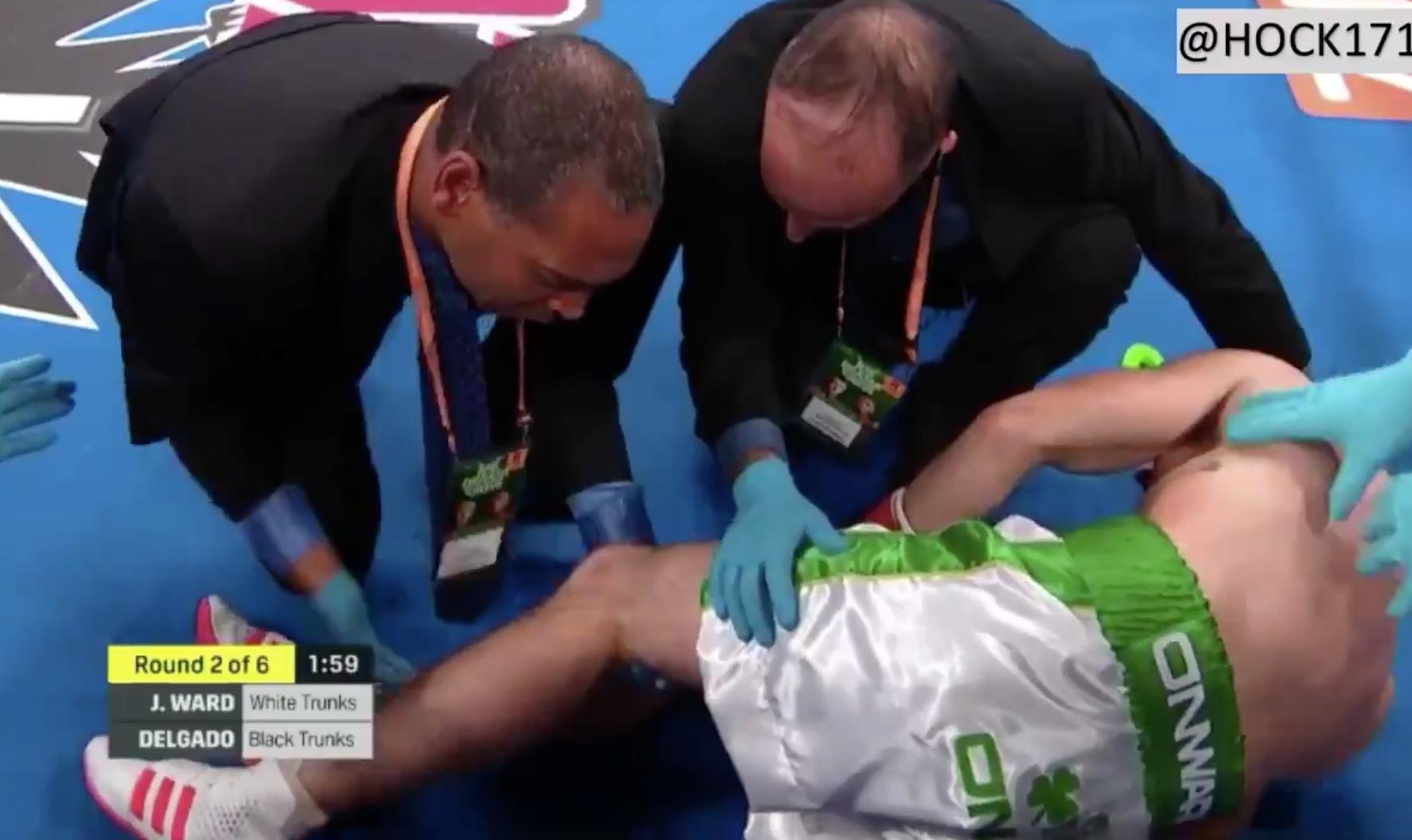Boxeador sufre terrible lesión en la rodilla durante una pelea