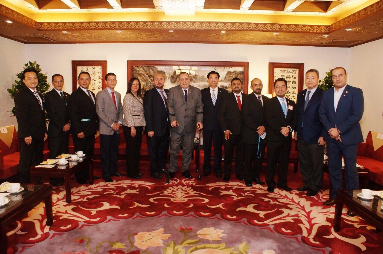 Giammattei visita Taiwán para fortalecer relaciones