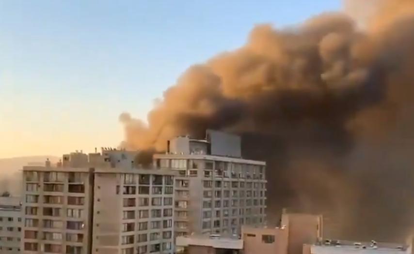 Incendio en Chile en medio de intensas protestas