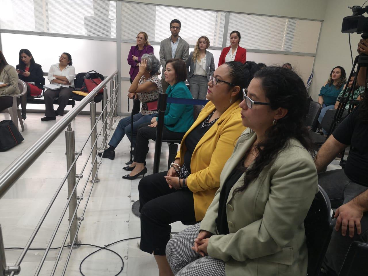 Juez liga a proceso a tres por caso edificio del MP